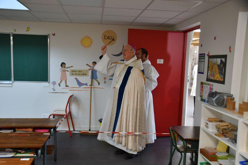 Inauguration et bénédiction de l'école